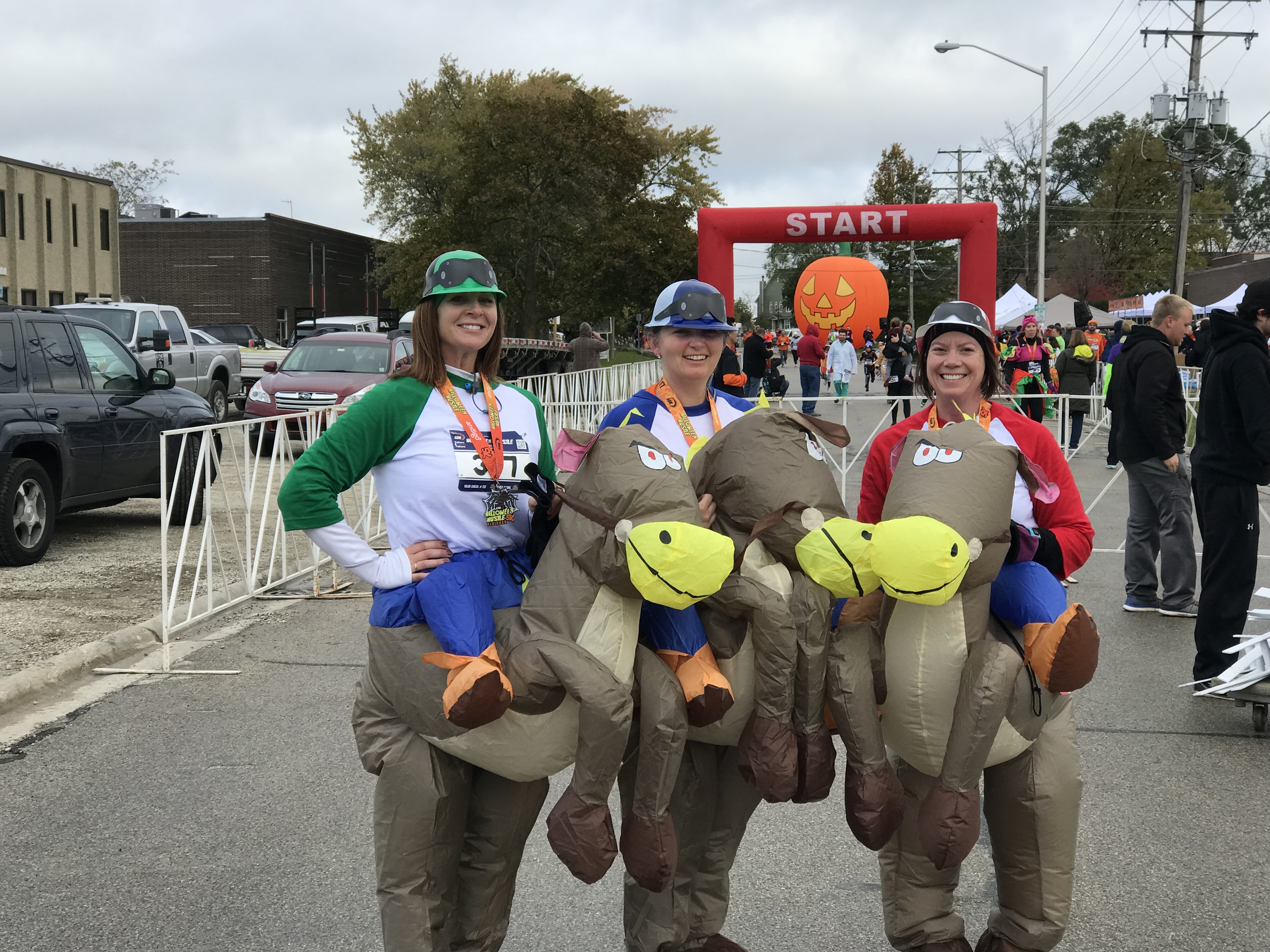 more than 700 participated in the 12th annual andigo halloween hustle 5k kids dash in palatine il on saturday many runners dressed up in their halloween